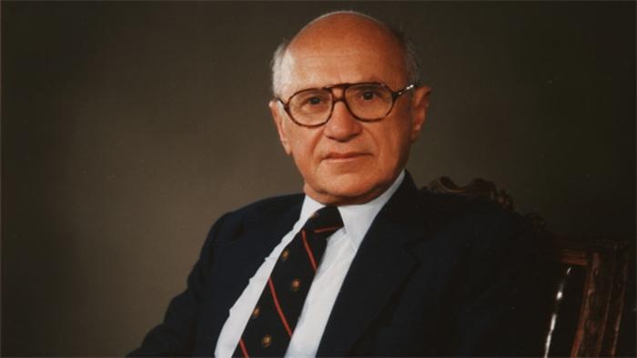 Photo of Milton Friedman: Jedina društvena odgovornost biznisa je da povećava svoj profit