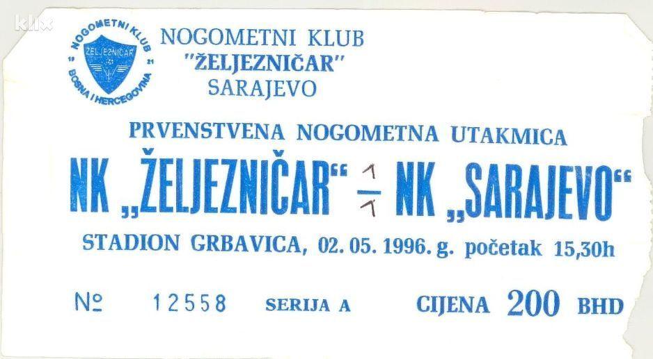 Photo of Dvadeset godina od povratka Želje na Grbavicu: Alija Izetbegović izveo početni udarac na derbiju
