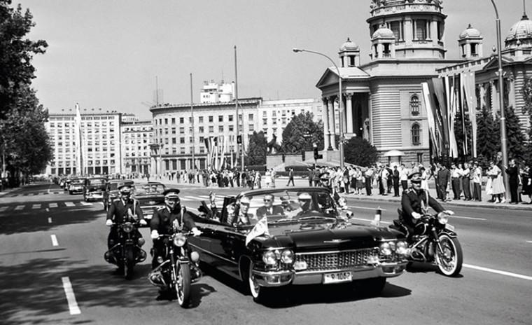 Photo of Automobili kao Titov rekvizit za vanjsku politiku