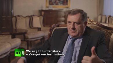 Photo of Milorad Dodik i ratni zločinac Momčilo Krajišnik na RTД-u: Republika Srpska će biti nezavisna