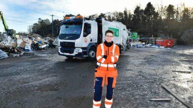 Photo of Nije se uhljebila: Bivša gradonačelnica Geteborga vozi komunalni kamion